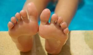 Pieds et chaussures stop aux mauvaises odeurs_01