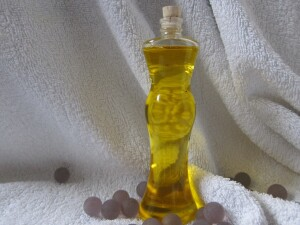 natural-bottle-yellow-glass-bottle-product-luxury-674331-pxhere.com