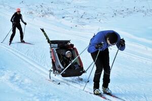 skis-4868380_640
