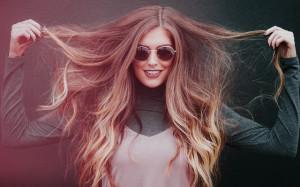 Automne : renforcer ses cheveux et prévenir leur chute04