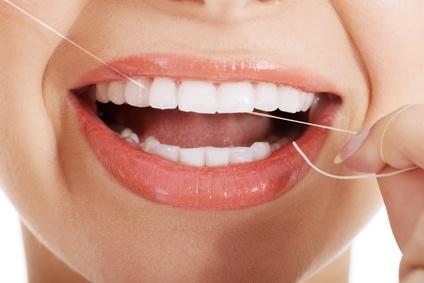Fil dentaire pour une hygiène bucco-dentaire irréprochable