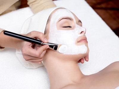 Le gommage est important pour maintenir une belle peau