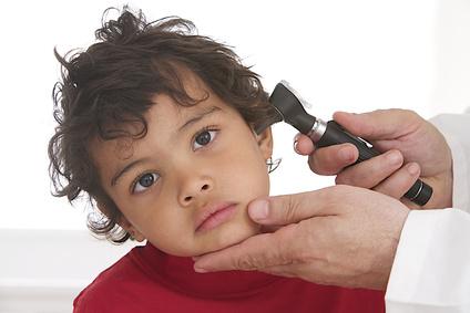 L'otite chez l'enfant est une inflammation susceptible de provoquer d'autres affections